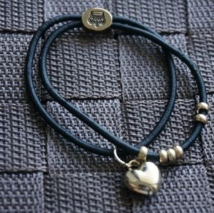 Accessories - Disney Mickey Mouse and Heart Hair Tie Bracelet
